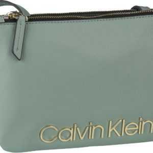 Calvin Klein Umhängetasche CK Must Crossover Fern ab 87.90 () Euro im Angebot