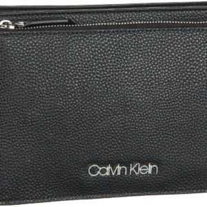 Calvin Klein Umhängetasche Sided EW Crossbody Black ab 87.90 () Euro im Angebot