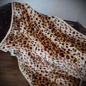 KUSCHELDECKE Tagesdecke Überwurf Decke Plaid Leopard Look