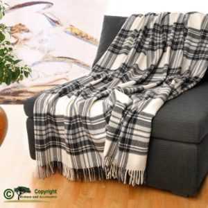 Klassisch englische Wolldecke Wollplaid Karo grau/83
