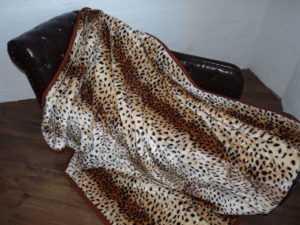 Kuscheldecke Tagesdecke Wohndecke Decke Plaid Leopard - Modell II