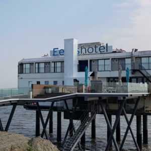 Nordsee Groningen Holland Hotel im Meer auf Stelzen Gutschein 2 Pers. 3 Nächte