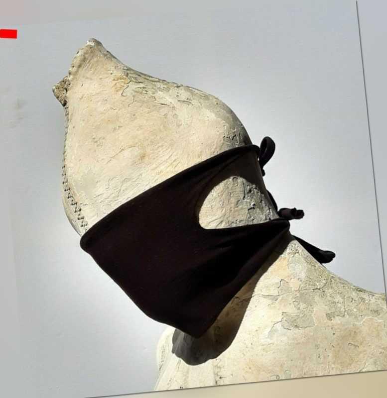 Universalle Baumwollemaske   3 Schichten 60 Grad    schwarz