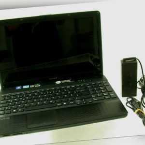 SONY VAIO PCG-71811M Notebook Laptop Win 7 Home Premium i3 CPU /20