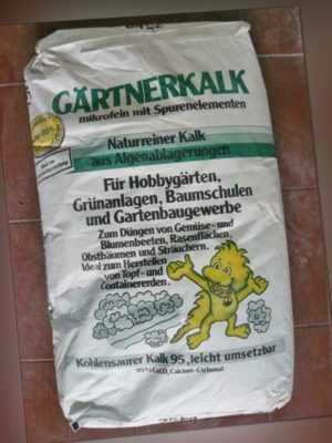 Gärtnerkalk 25 kg Kalk Rasenkalk Gartenkalk Dünger Bio Düngekalk Rasen Gemüse
