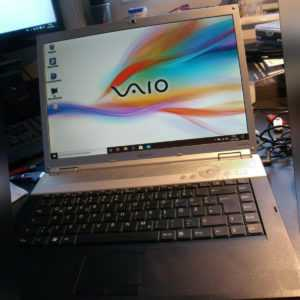 "Sony Vaio VGN-FZ21M 15,4"" Notebook -2,00 GHz -4GB-120GB SSD-Blue Ray-BT-Win 10"
