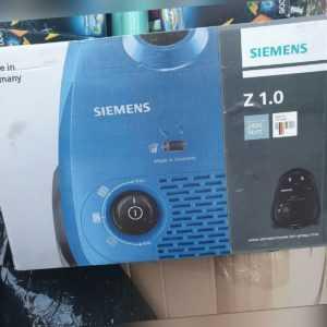 Siemens Bodenstaubsauger inklusive Zubehör - Z 1.0 - 2400 Watt - A+ - NEU