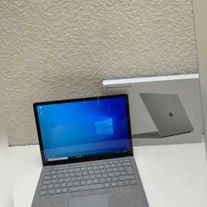 Microsoft Surface Laptop (128GB SSD/4GB/Intel Core m3) (13,5 Zoll) NEUWERTIG