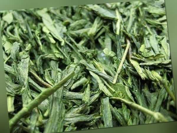 (49,20Eur/kg) Loser PREMIUM Tee - China Bancha - Grüner Tee (250g)