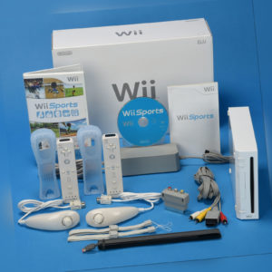 Nintendo Wii Konsole Wii Sports 2x Remote 2x Nunchuk NEU OVP