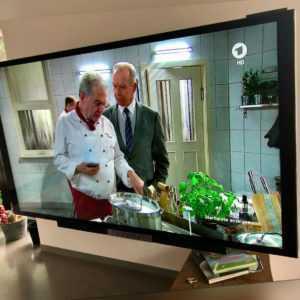 Bang Olufsen BeoVision Avant 75 Zoll UHD TV ( 4K ) Fernseher - TOP