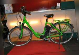 Kalkhoff E-Bike Agattu Impulse - mit Bordcomputer - Farbe Grün
