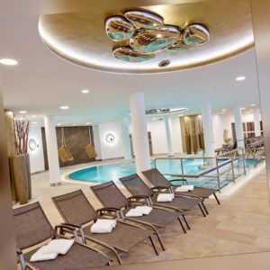 5 Wellness-Tage Bad Griesbach LUXUS 5* Hotel Maximilian Quellness Golfhotel + HP