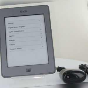 Amazon Kindle Touch WLAN (5. Gen.)  - Silbergrau B011*** ebook ereader