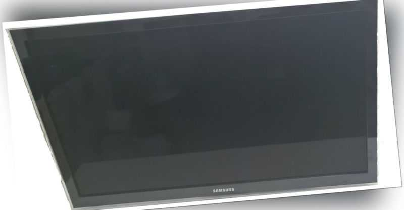 Samsung UE40C6820 101,6 cm 40 Zoll 1080p HD LED LCD Internet TV UE40C6820USXZG
