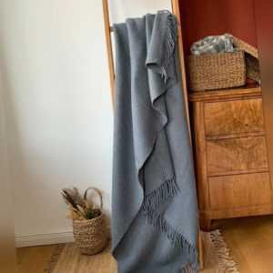 """Mohair Wolldecke Plaid """"Medina"""" 140 x 200 cm, Taubengrau"""