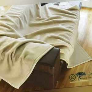 Edle Wolldecke aus 100% Kaschmir / Kaschmirdecke creme