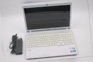 "Sony VPCEB1S1E 15,5""  Intel Core i5 M430 - Teildefekt #718"