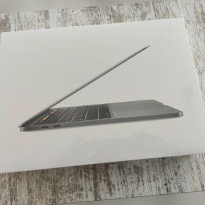 """Apple MacBook Pro 13,3"""" 2020 / 8GB RAM / 256GB SSD / 1,4 GHz QC / MXK32D/A"""
