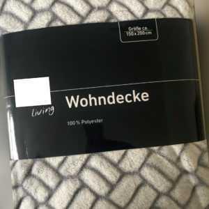 Kuscheldecke / Wohndecke / Wendedecke / Wolldecke Wiess mit Muster