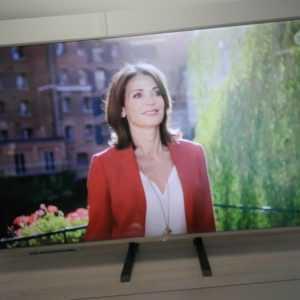 Sony KD-65XE8505 65 Zoll TV 4K UltraHD HDR Android SmartTV PVR WLAN Triple Tuner