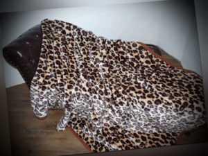 XXL Kuscheldecke Tagesdecke Wohndecke Decke Plaid Leopard - Design