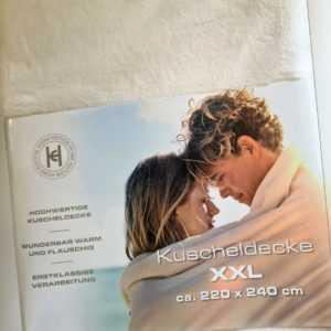 Kuscheldecke XXL  ca. 220x240 cm  Creme