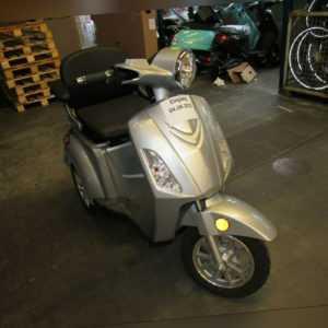 Details zum Elektroroller LuXXon E3800 - Senior E-Tricycle ...
