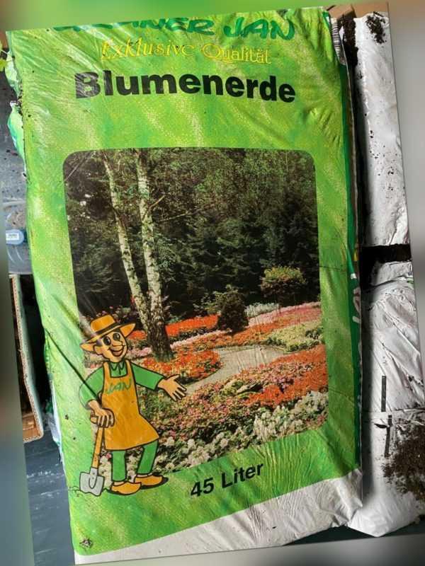 Pflanzerde 45 L Blumenerde 45 Liter Gartenerde Pflanzenerde Humus Erde NEU & OVP