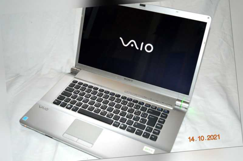 "SONY Vaio PCG 3F1M - 15,6"" - IntelCore2 - 2GB - SSD - DVD-RW - Win 10"
